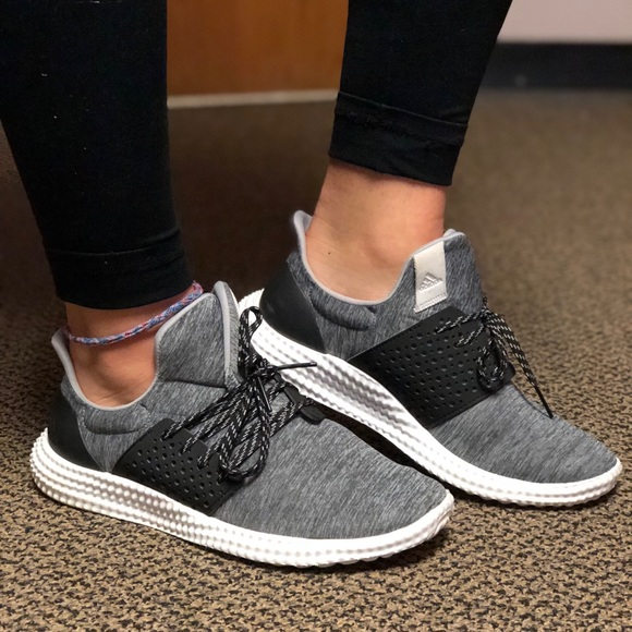 womens adidas trainers size 7
